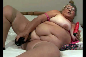Fatty grandma still horny and want to..