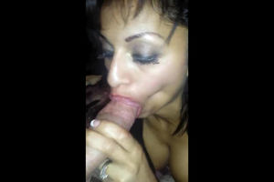 Drunk Latina mom making a guy jism in..